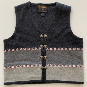 Woolrich 100% wool vest with silver heart clasps S